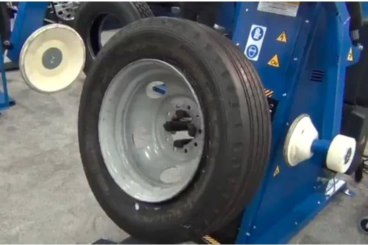 Easy Way to Change Tires