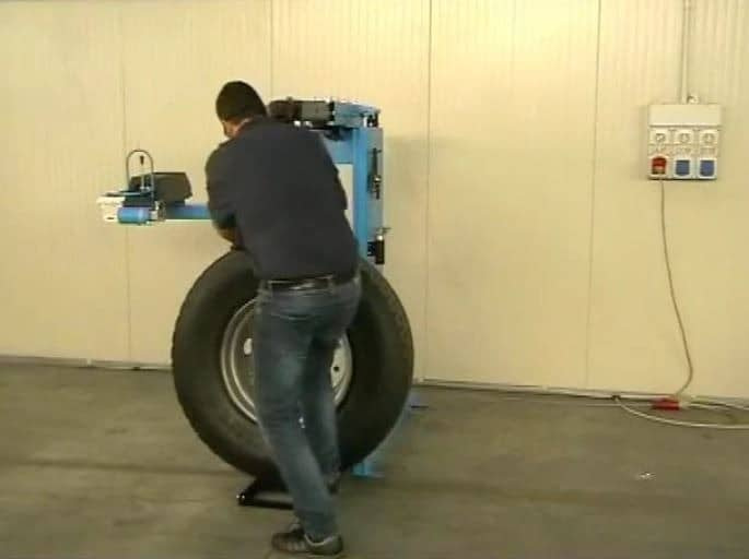 Video GRS926-Truck-Tire-Chager