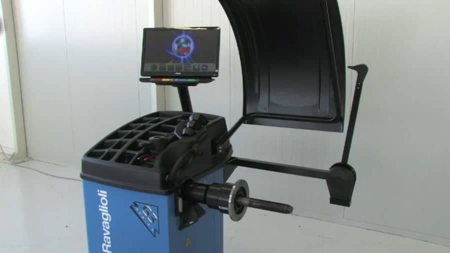 G3.140RS-3D-or-4D-TouchSpin-Wheel-Balancer-Vodeo